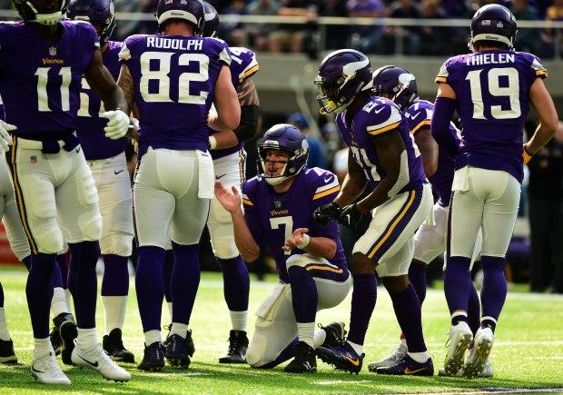 Viking quarterback Case Keenum huddles his players in the first quarter of the Minnesota Vikings vs. Baltimore Ravens game at US Bank Stadium in Minneapolis, October 22, 2017. ( Scott Takushi / Pioneer Press)