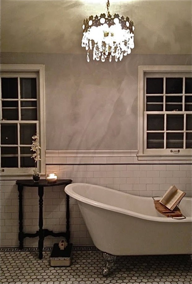 The bathroom at the Cleveland Avenue house in St. Paul. The tub was found on Craiglist. (Courtesy of Rachel Schmidt)