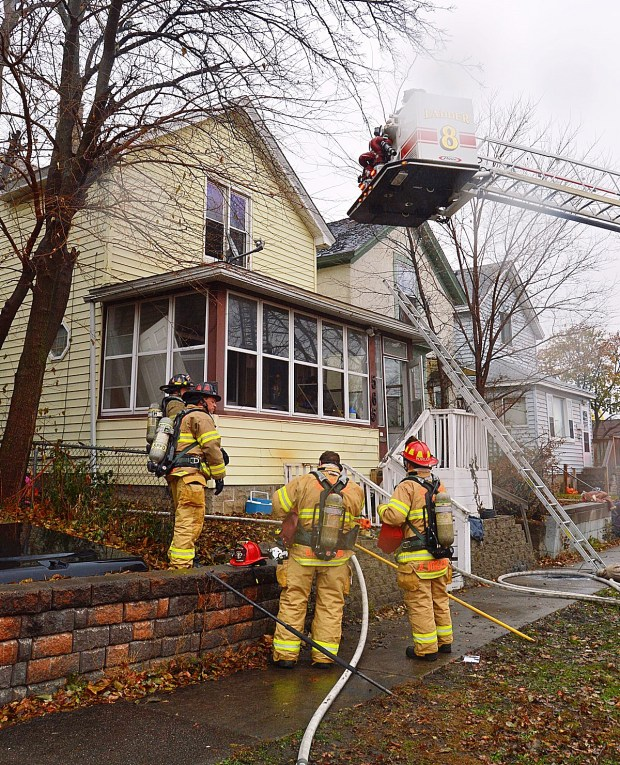 A woman was critically injured in a house fire in the 500 block of Jefferson Avenue in St. Paul on Friday, Nov. 17, 2017. (Courtesy of Paul Barrett)