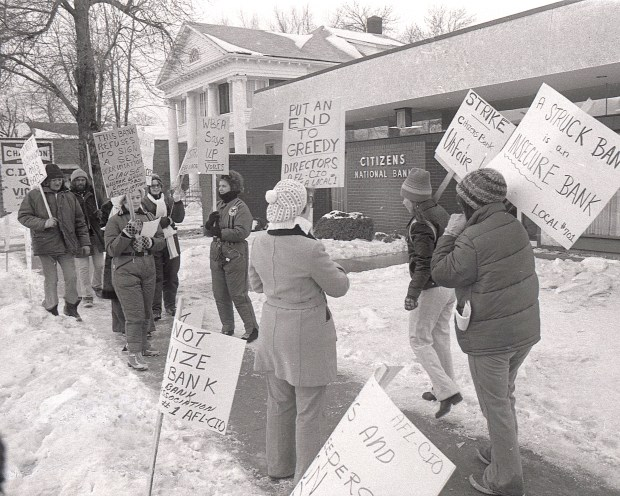 Supporters join members of the Willmar 8 on the picket line in the winter of 1977-78. At the time, no one suspected the strike would last two long years. (Forum News Service)