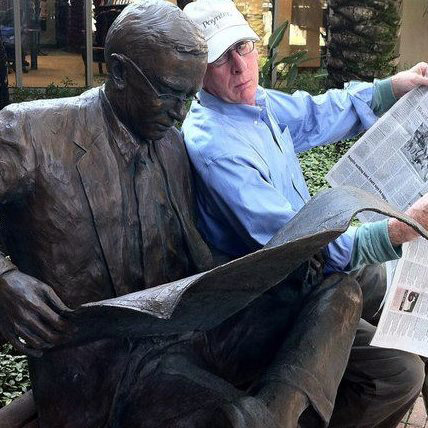 Former St. Paul Pioneer Press columnist Nick Coleman with a statue of Nelson Poynter, at The Poynter Institute in St. Petersburg, Fla., in a photo posted to his Facebook page in Nov. 2017. (Courtesy photo)
