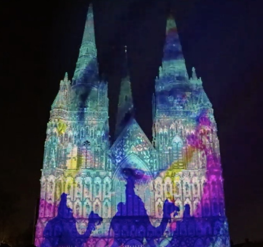 huge christmas light show will be