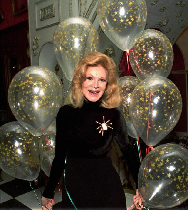 Phyllis McGuire, last of the singing McGuire Sisters, dies at 89