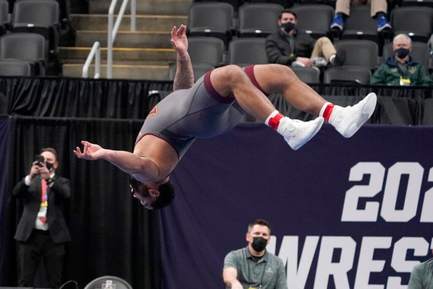 Gophers' Gable Steveson wins 285-pound title at NCAA Wrestling Championships