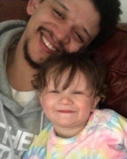Matthew Pettus and daughter Maelahni