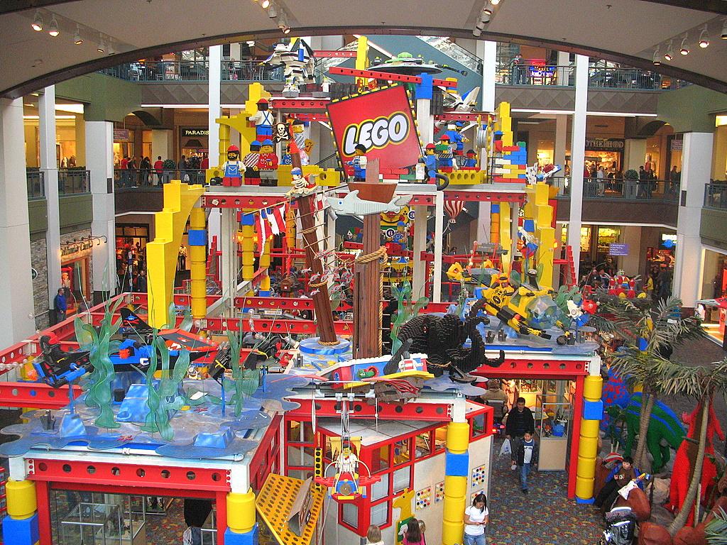 Twin Cities Daily Photo David Hasselhoff Loves Legos
