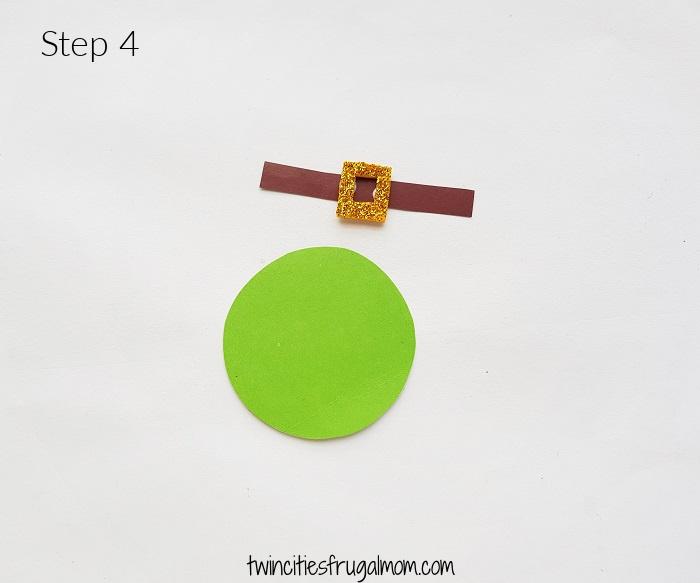Leprechaun Gnome Paper Craft Step 4