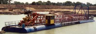 "10"" L-Series dredge with rotary cutter"