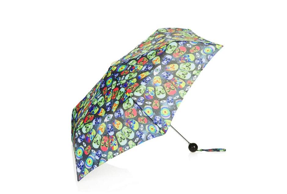 Crazy skulls umbrella