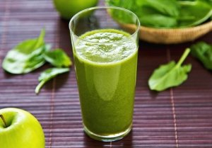 Green apple, lettuce, and kale