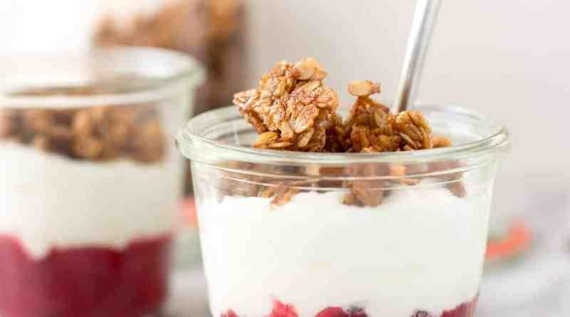 Rhubarb breakfast pots
