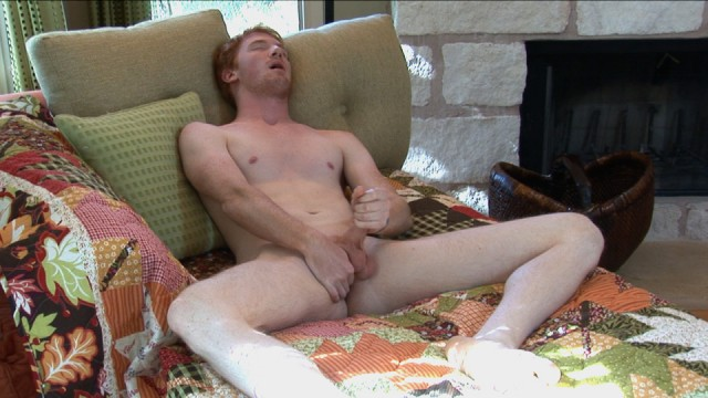 Ginger cutie Neil blows a huge load. (Southern Strokes)