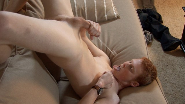 Sexy and hung redhead Cord blasts a self-facial. (Southern Strokes)
