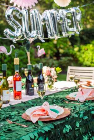 How to Host a Beautiful End of Summer Party?