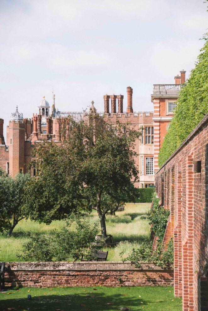 A day trip to Hampton Court Palace