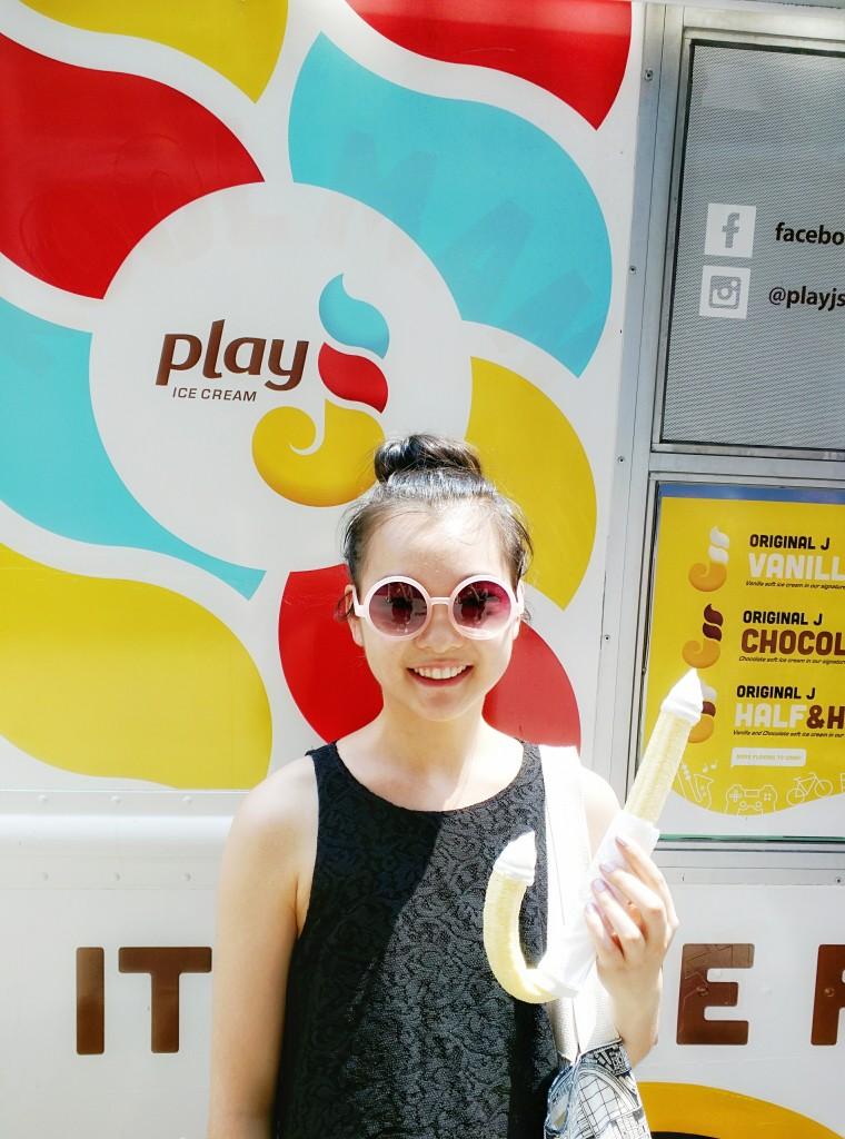 play j ice cream truck