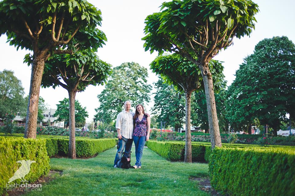 Ashley-Michael-Engagement-Peninsula-Park-Portland-BethOlsonCreative-019