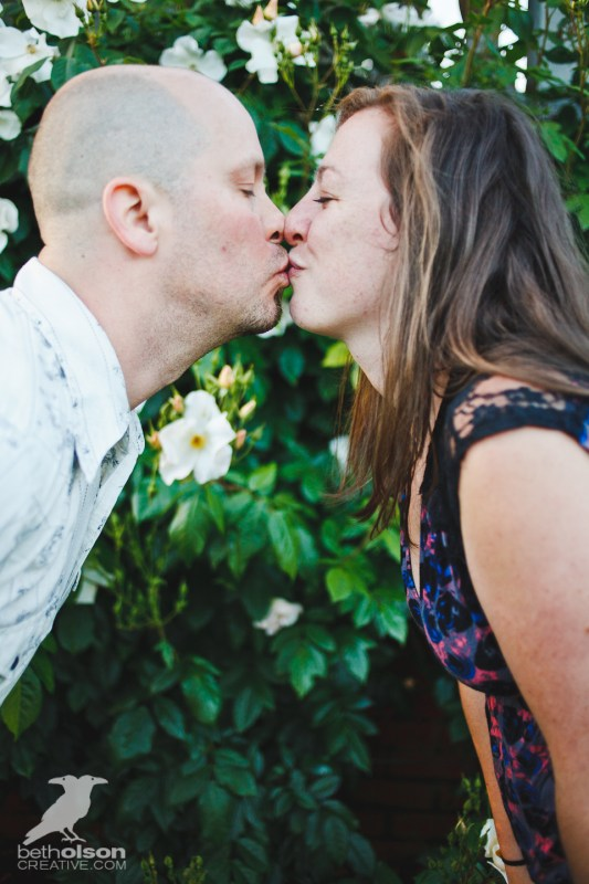 Ashley-Michael-Engagement-Peninsula-Park-Portland-BethOlsonCreative-034