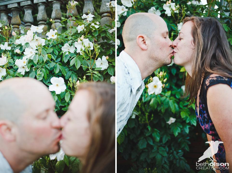 Ashley-Michael-Engagement-Peninsula-Park-Portland-BethOlsonCreative-034x2