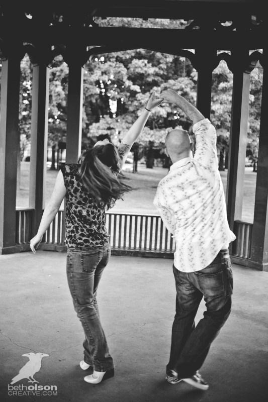 Ashley-Michael-Engagement-Peninsula-Park-Portland-BethOlsonCreative-066