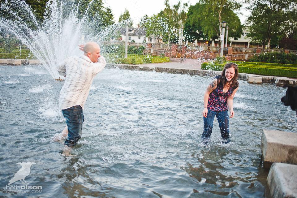 Ashley-Michael-Engagement-Peninsula-Park-Portland-BethOlsonCreative-093