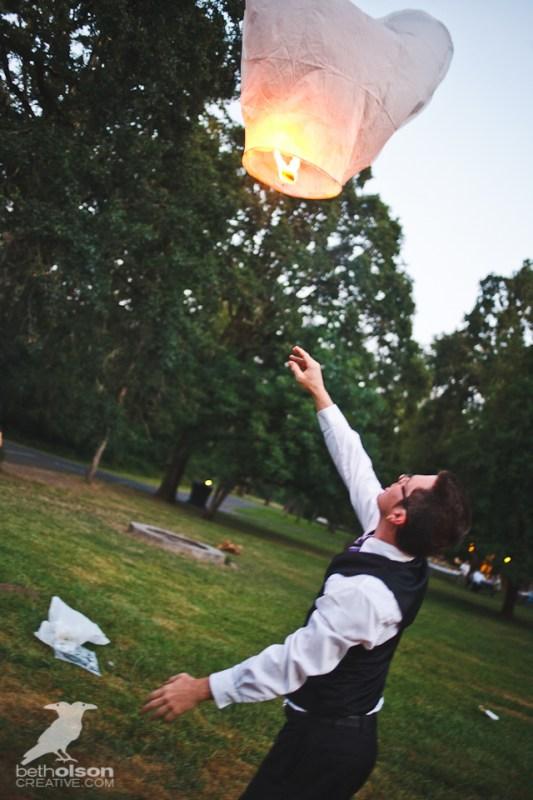 cristina-matt-steampunk-wedding-champoeg-park-betholsoncreative-127
