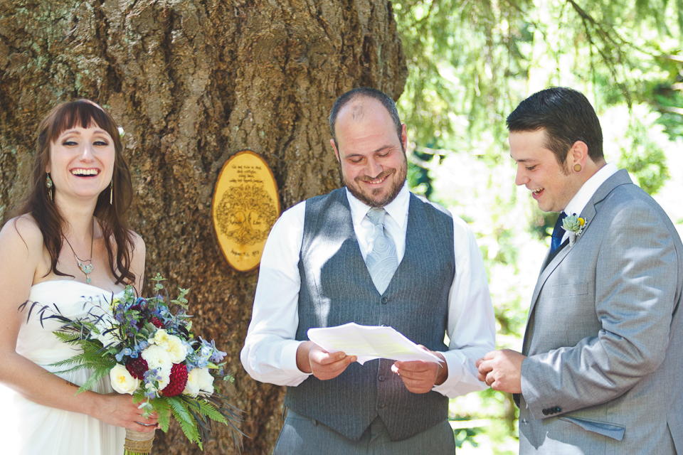 Ashley-Ian-Hoyt-Arboretum-Forest-Wedding-Portland-BethOlsonCreative-060