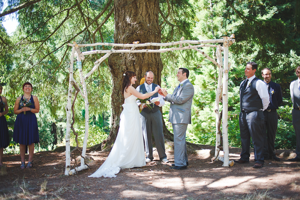 Ashley-Ian-Hoyt-Arboretum-Forest-Wedding-Portland-BethOlsonCreative-061