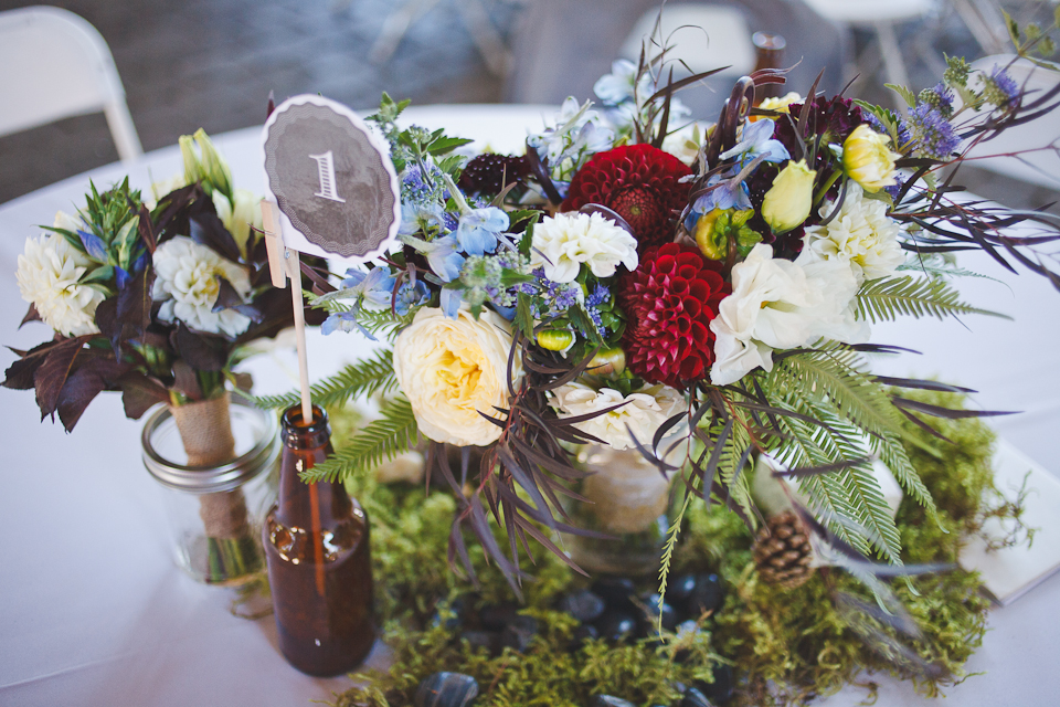Ashley-Ian-Hoyt-Arboretum-Forest-Wedding-Portland-BethOlsonCreative-079