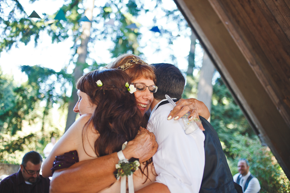 Ashley-Ian-Hoyt-Arboretum-Forest-Wedding-Portland-BethOlsonCreative-112
