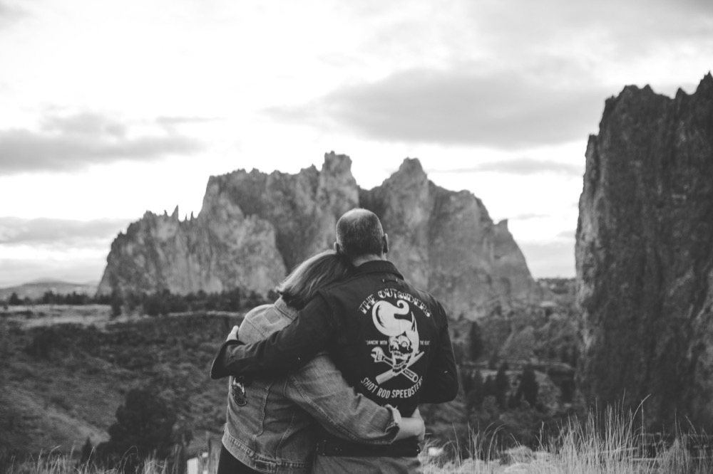 CC-Smith-Rock-Alternative-Engagement-Photography-TwistedAisleWeddings-145