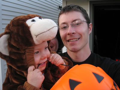 Lily & Dad - Halloween 2010