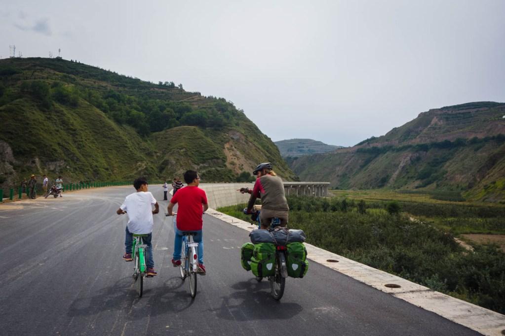 Cycling to Lixian
