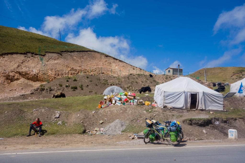 Nomad road shop