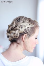 crown braid tutorial - twist