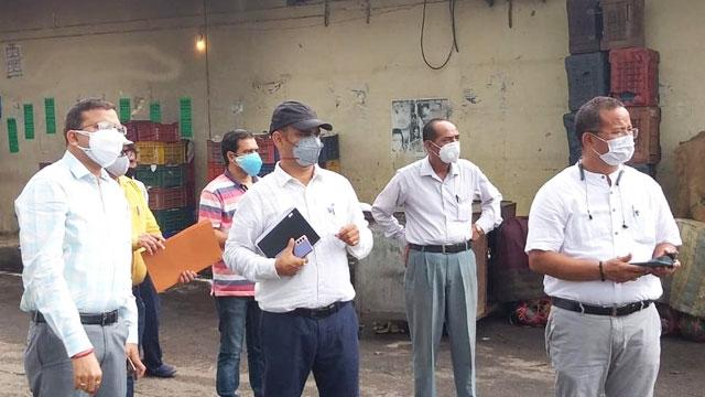DM did a surprise inspection of Niranjanpur vegetable market