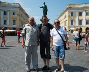 Anders with the saint Leonard Lidberg (right) and his friend in Odessa :)