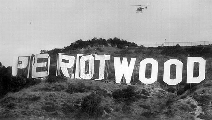 fun_with_hollywood_sign_04