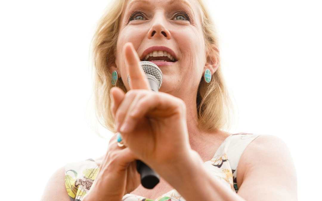 Kirsten Gillibrand Could Have Been President If She Campaigned For America To Go Limitless Buttons Deep