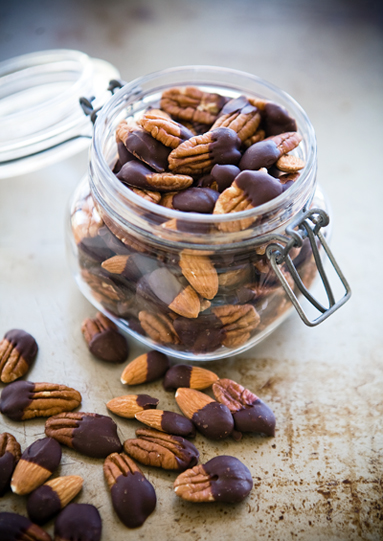 chocolate-covered-nuts