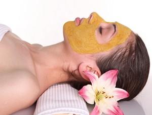 turmeric-skin-mask-2-300x227
