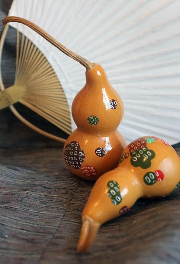 Driedhandpainted gourds