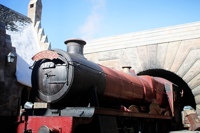 hogwarts express Two Delighted
