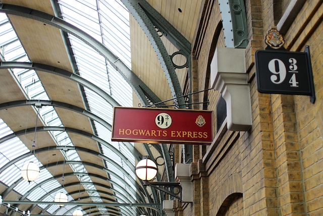 platform 9.34 Two Delighted