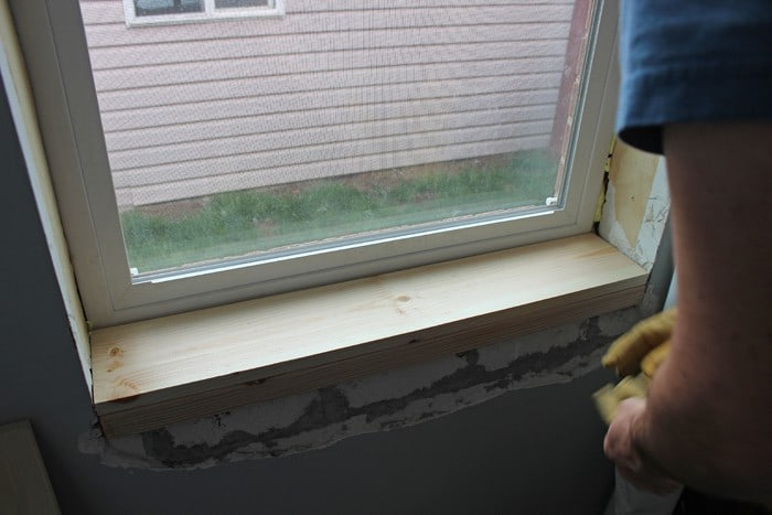 Install Window Sill