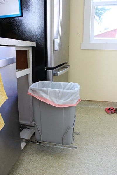 Trash Can Pull-Out