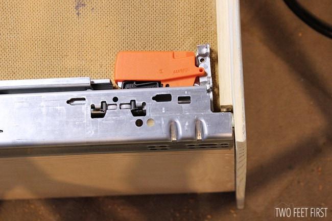 blumotion-drawer-slides