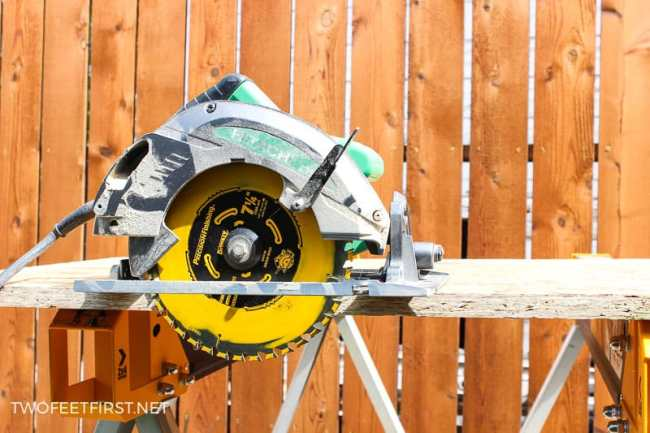 Tips on using a circular saw to cut wood tips on using a circular saw greentooth Images