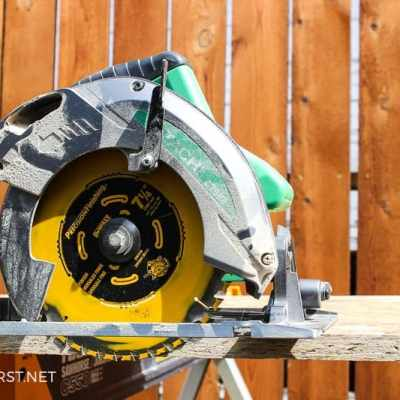 Tips on using a circular saw to cut wood