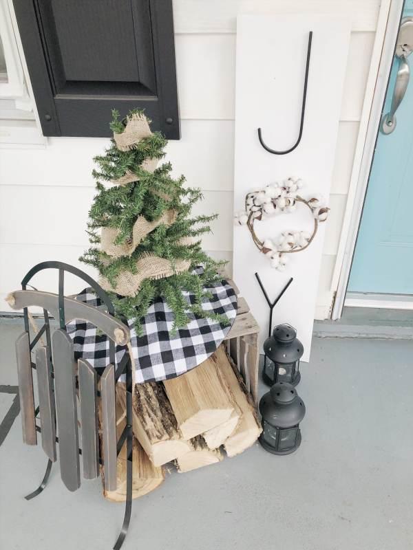 Outdoor Christmas Joy sign
